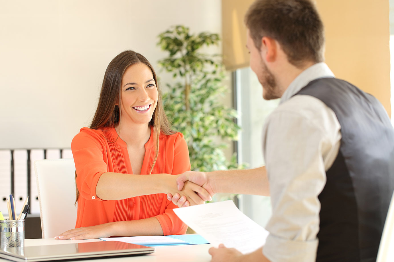 How to Hire in a Candidate's Market | Pivotal Talent Search